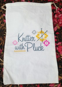 Knitter With Pluck bag