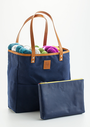 Tote_Blue___clutch_medium
